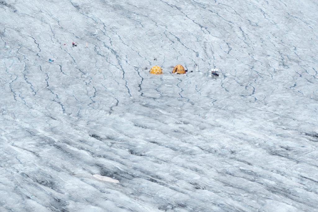 Forschungszelte auf dem Rhonegletscher