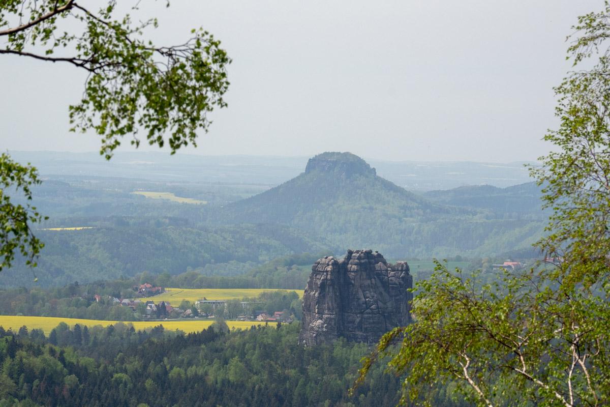 Carolafelsen Frühling Elbsandsteingebirge Wandern Klettern